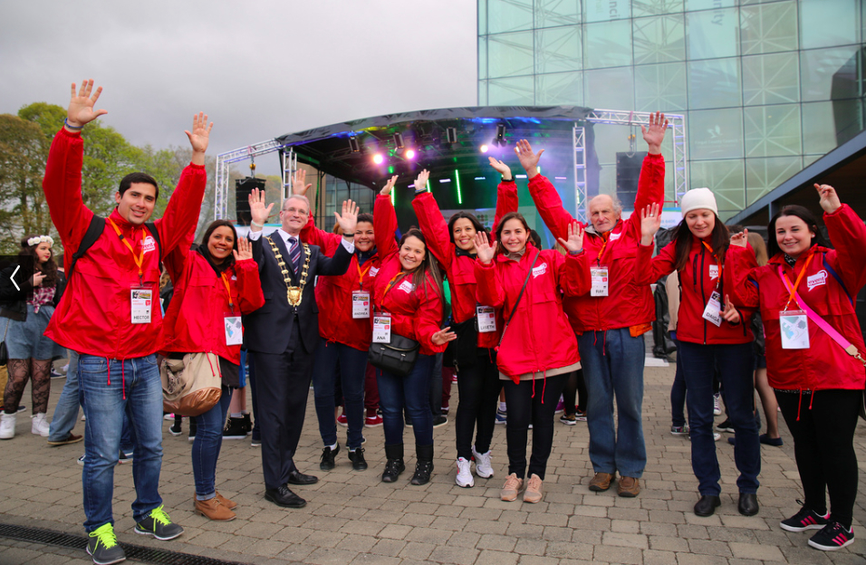 Mayor of Fingal, Cllr. Kieran Dennison with Event Volunteers at the launch of National Volunteering Week at Springbreak D15 in Blanchardstown