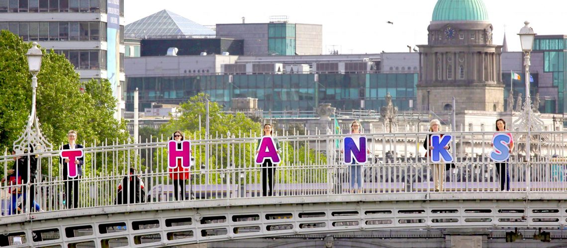 NO REPRO FEE 6/9/2020 Public urged to say thanks to volunteers this National Volunteering Week (21st – 27th September). Pictured are, from left, Seán Moynihan (ALONE), Mary Quinn (Irish Cancer Society), Emma Hopper (Volunteer Ireland), Amy Woods (Volunteer Ireland),  Linda Smith (Women's Aid) and Emma Barnes (Aware) coming together to say thank you to volunteers who have given so much during COVID-19. To get involved, see volunteer.ie. PHOTO: Mark Stedman